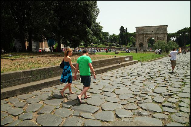 Colosseum-surrounding
