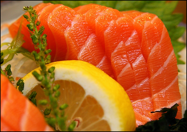 salmon-sashimi