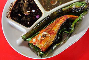Ikan-Bakar-Nasi-Campur-Kak-Ton