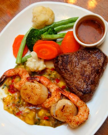 Outback-Steakhouse-Steak-Restaurant-KL