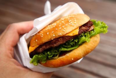 Harley's-Cheese-Burger