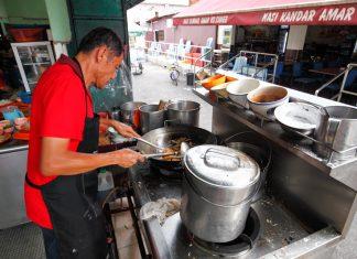 Fook Kee Fried Noodle 福记炒粉 Kampung SImee Ipoh