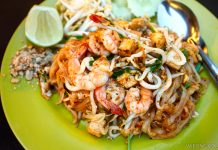 Thai Taste Thai food stall Pad Thai Kepong Food Court