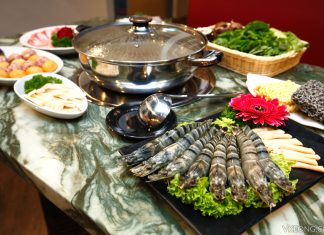 YeZi Chinese New Year Steamboat 2017