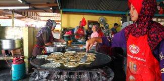 Roti Canai Kayu Arang Melaka