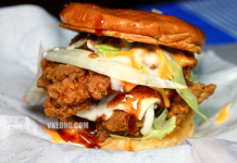 Burger Baek Crispy Fried Chicken Burger Sunway