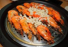 MQL Steamboat Icon City Steamed Tiger Prawns